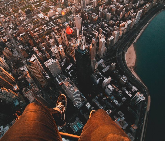 I Dare You! Extreme Selfies vs. Extreme Success
